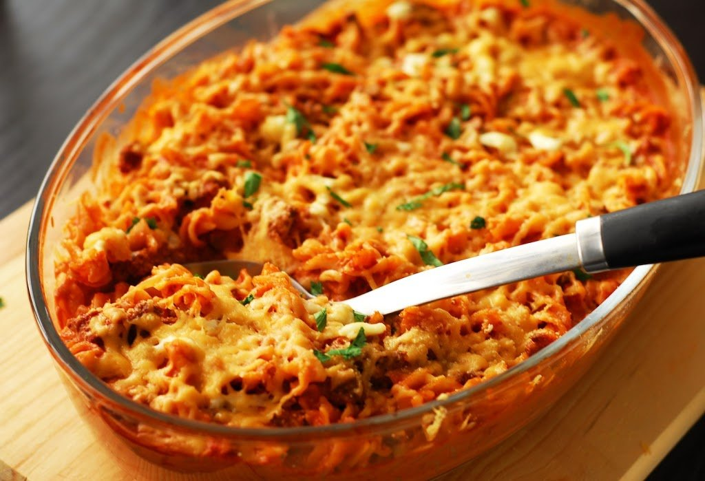 Spicy Baked Pasta with Tomato Cream Sauce
